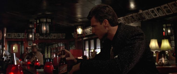 Schlitz Beer - L.A. Confidential (1997) Movie Product Placement