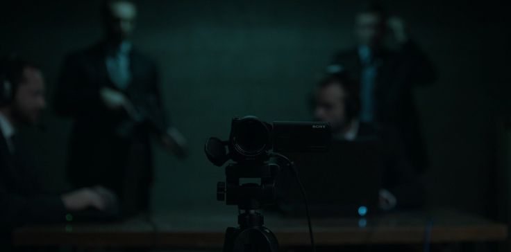 Sony camcorder in HOUSE OF CARDS: CHAPTER 52 (2016) TV Show Product Placement