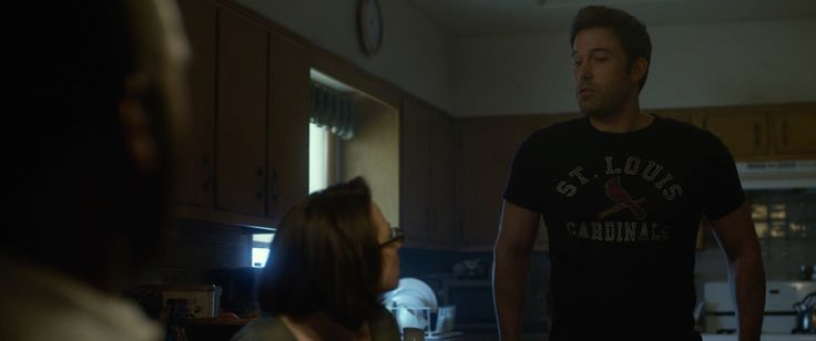 St. Louis Cardinals t-shirt worn by Ben Affleck in GONE GIRL (2014) - Movie Product Placement