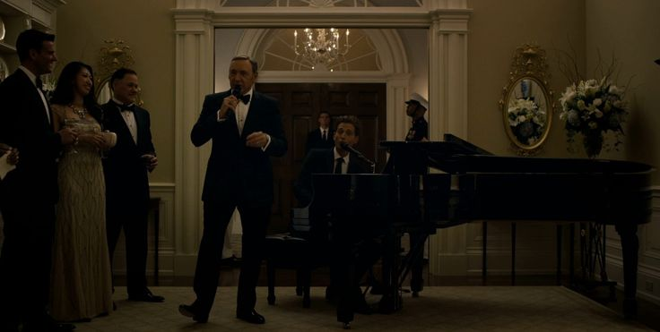 Steinway & Sons grand piano in HOUSE OF CARDS: CHAPTER 29 (2015) TV Show Product Placement