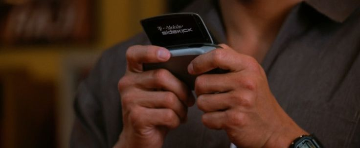 T-Mobile Sidekick used by The Rock in BE COOL (2005) Movie Product Placement