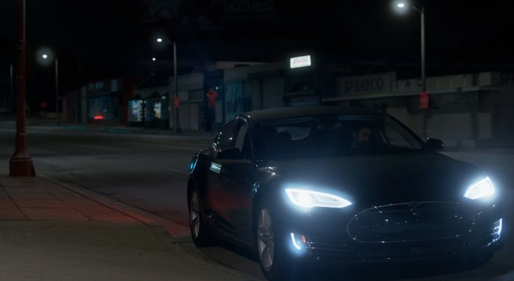 Tesla Model S car in RAY DONOVAN: RATTUS RATTUS (2016) TV Show Product Placement