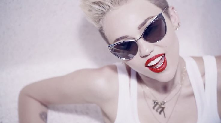 Tom Ford Nastasya sunglasses worn by Miley Cyrus in WE CAN'T STOP (2013) - Official Music Video Product Placement