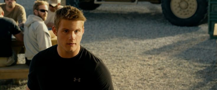 Under Armour t-shirt worn by Alexander Ludwig in LONE SURVIVOR (2013) Movie Product Placement