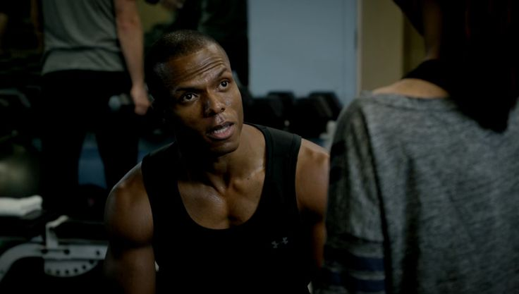 Under Armour tank top in BOSCH: CHAPTER EIGHT: HIGH LOW (2015) TV Show Product Placement