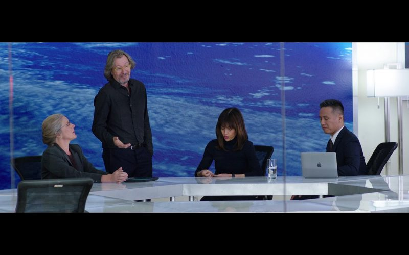 Apple MacBook – The Space Between Us 2017 (1)