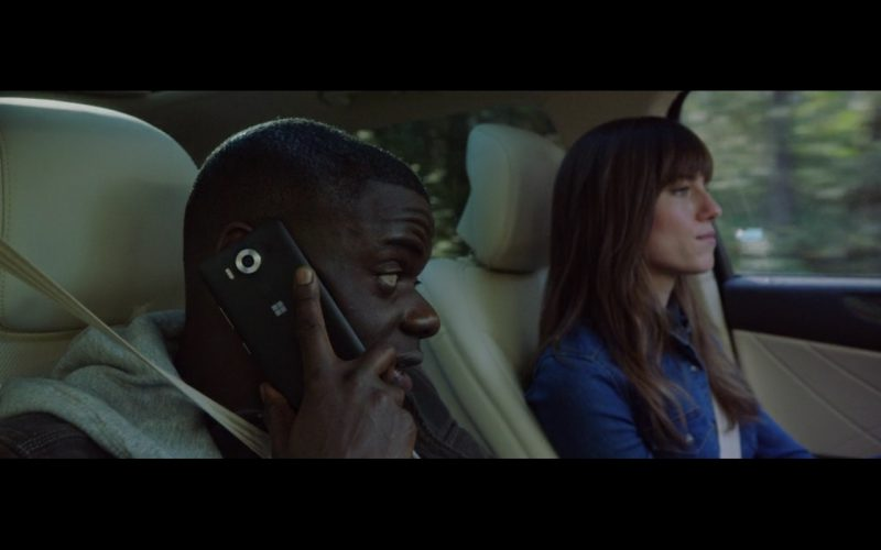 Daniel Kaluuya And Microsoft Lumia Phone – Get Out 2017 (1)