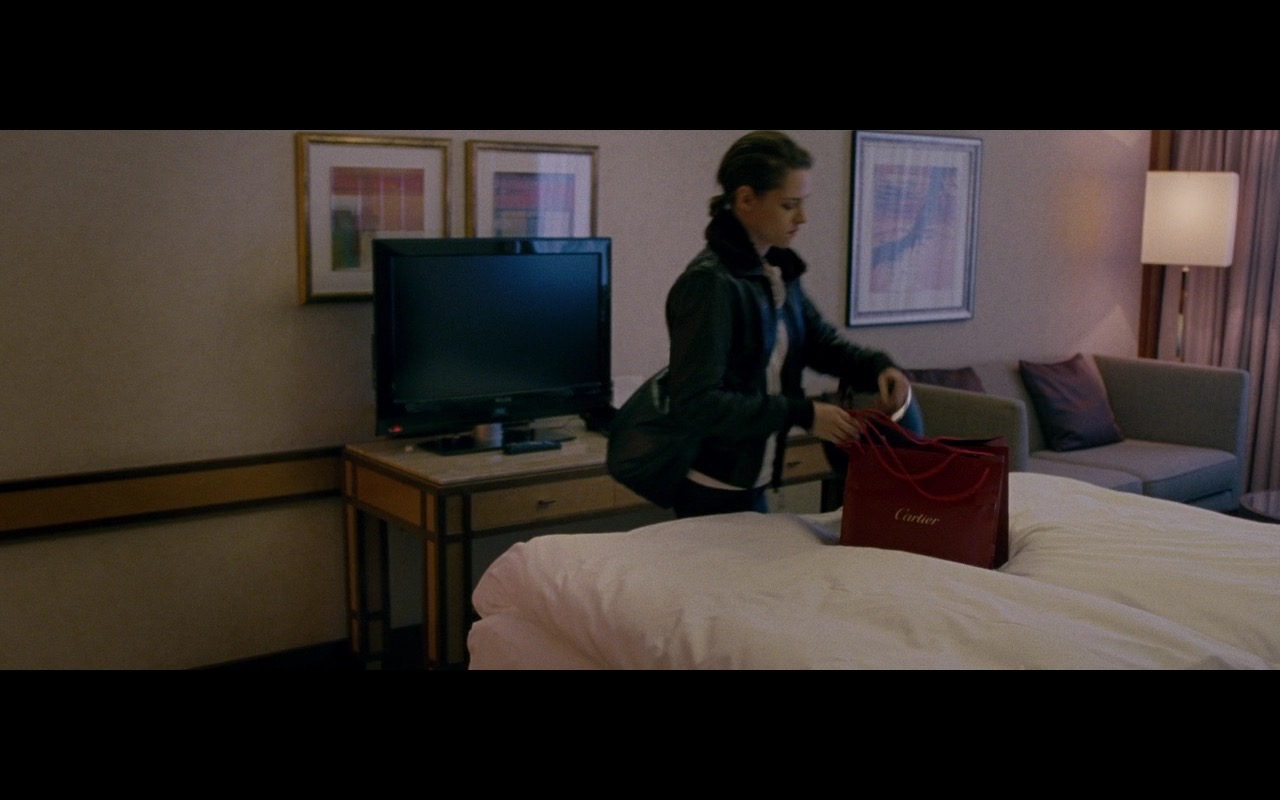 Cartier - Personal Shopper (2016) - Movie Product Placement