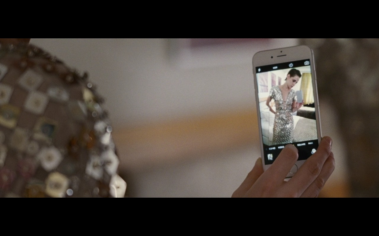 Apple iPhone 6 And Chanel Dress – Personal Shopper (2016) Movie Product Placement