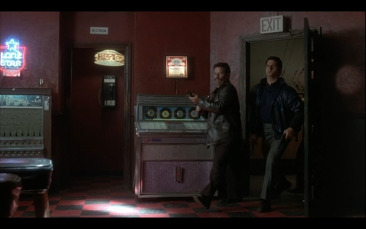 Lone Star and Budweiser - CASINO (1995) Movie Product Placement