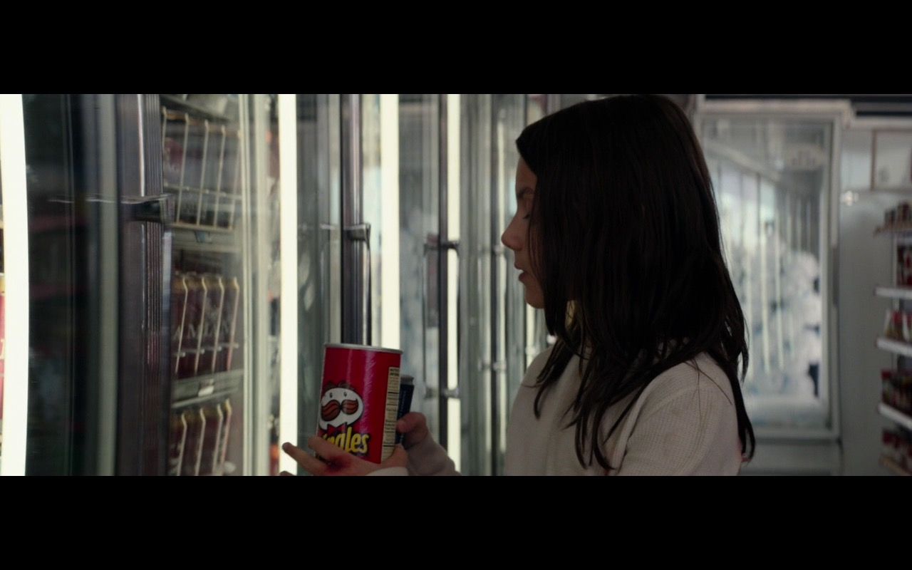 Pringles Potato Chips – Logan (2017) Movie Product Placement