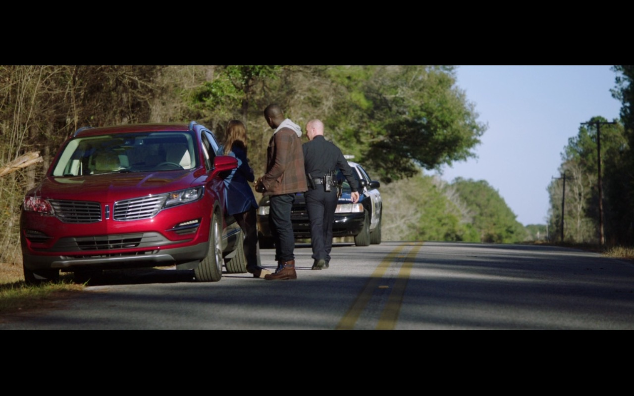 Red Lincoln Mkc Car Get Out 2017 Movie