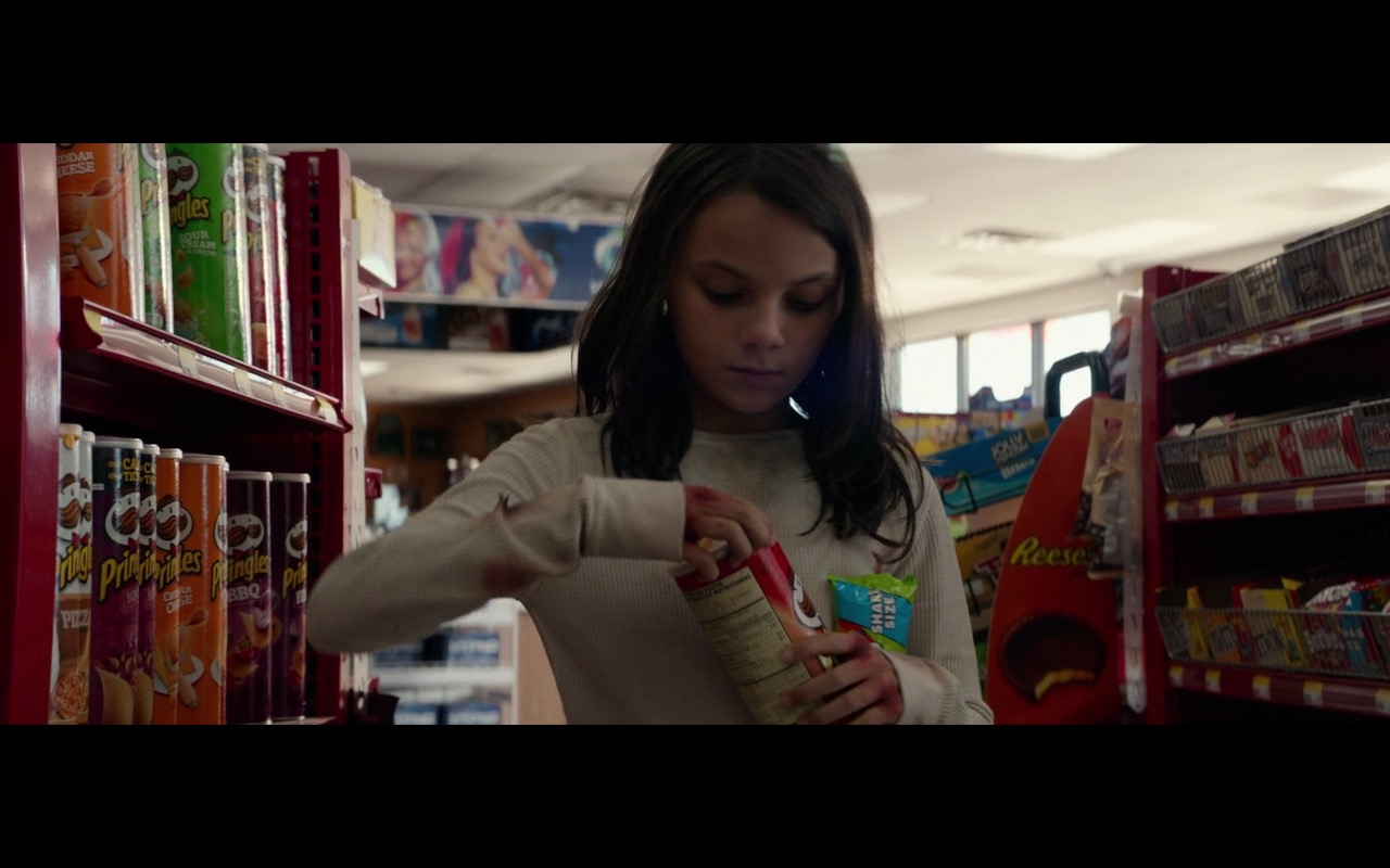 Skittles And Pringles – Logan (2017) - Movie Product Placement