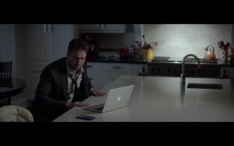 Apple Macbook Laptop – A Family Man (1)