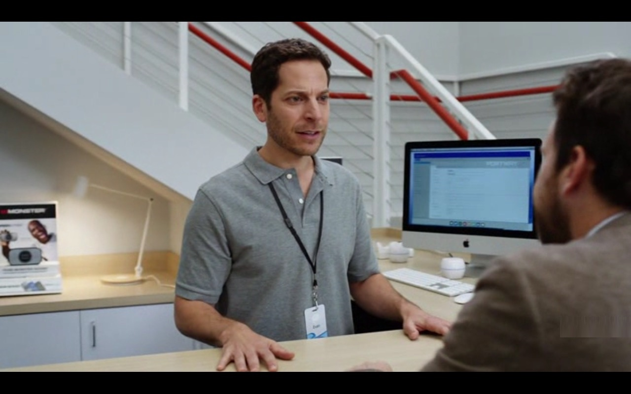 Apple iMac 21.5 Computer - Fist Fight (2017) Movie Product Placement