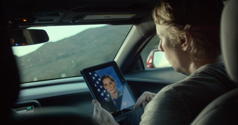 Apple iPad – CHIPS (2017) Movie Product Placement