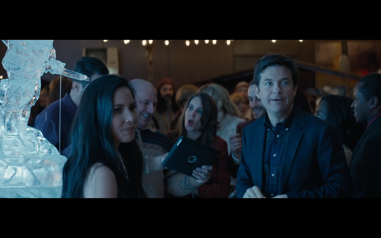 Apple iPad Tablets – Office Christmas Party (2016) Movie Product Placement