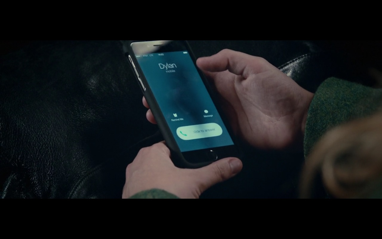 Apple Iphone And AT&T - 2:22 (2017) - Movie Product Placement