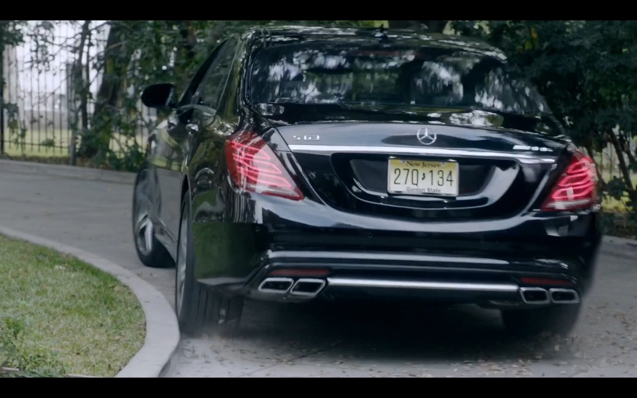 Black Mercedes-Benz AMG S63 Sedan - This Is Us TV Show Product Placement
