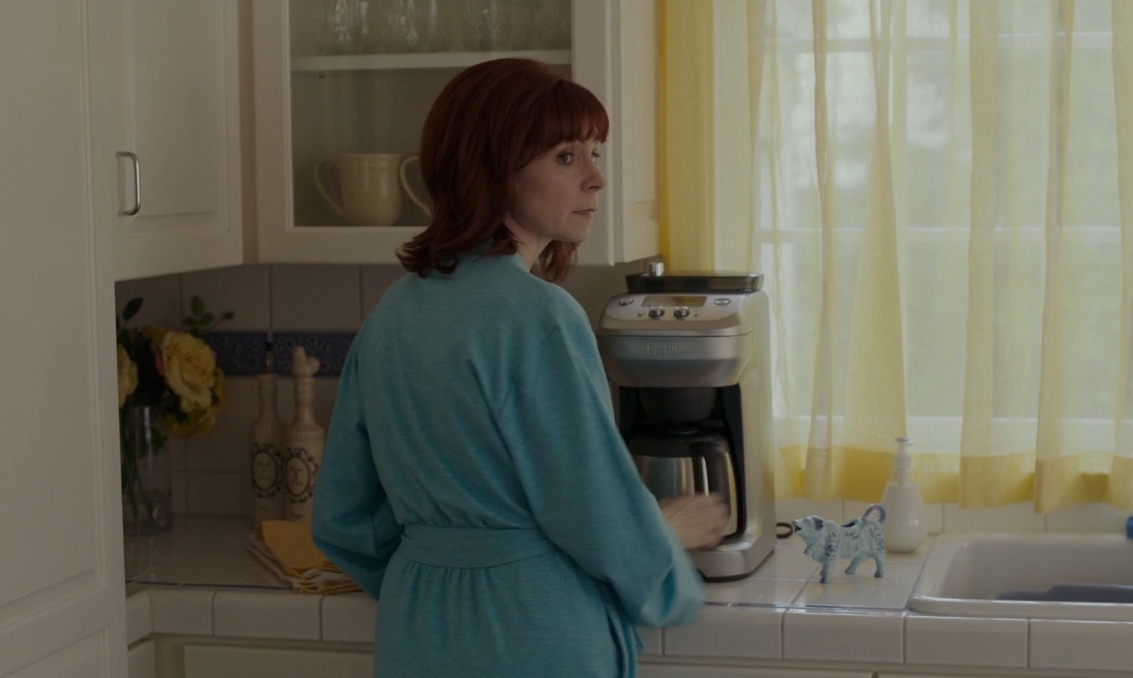Breville Coffee Maker – To The Bone (2017) - Movie Product Placement