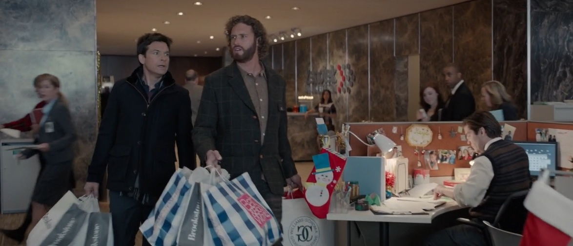 Brookstone,  Bath & Body Works and Williams-Sonoma Grande Cuisine – Office Christmas Party (2016) Movie Product Placement