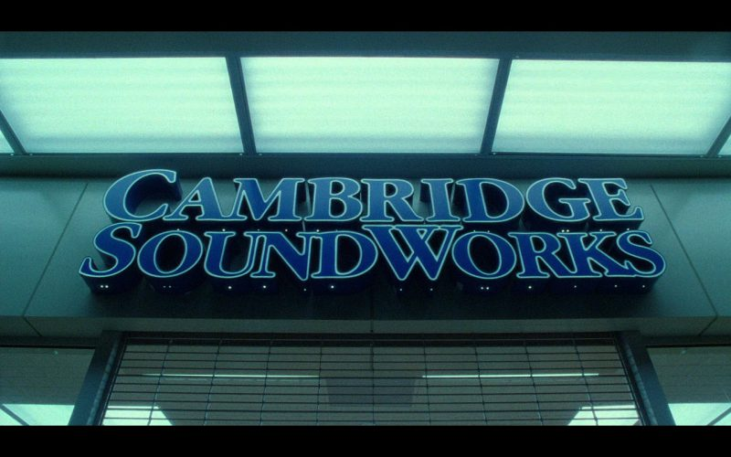 Cambridge SoundWorks – The Terminal (2004) Movie Product Placement
