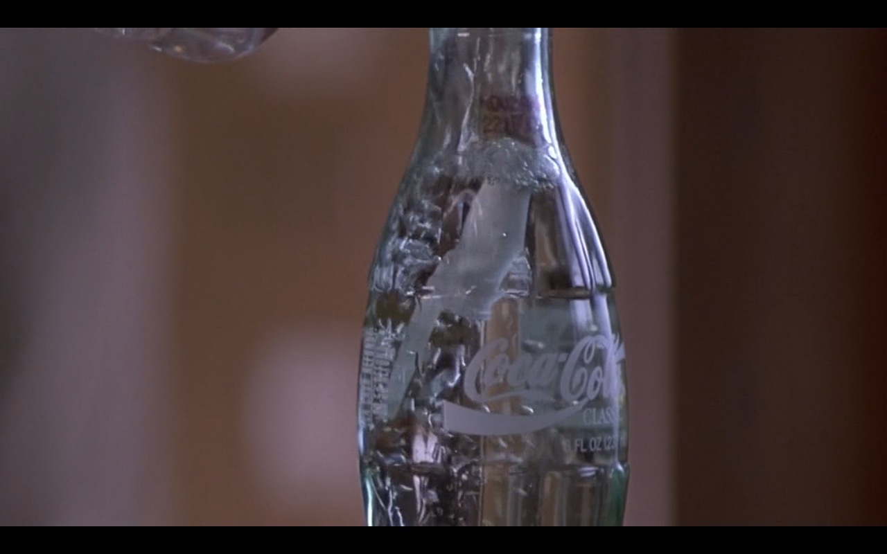 Coca-Cola – Metro (1997) Movie Product Placement