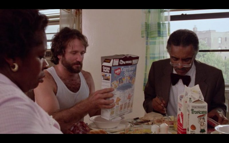 Cocoa Puffs And Tropicana Juice – Moscow on the Hudson (1984) Movie Product Placement