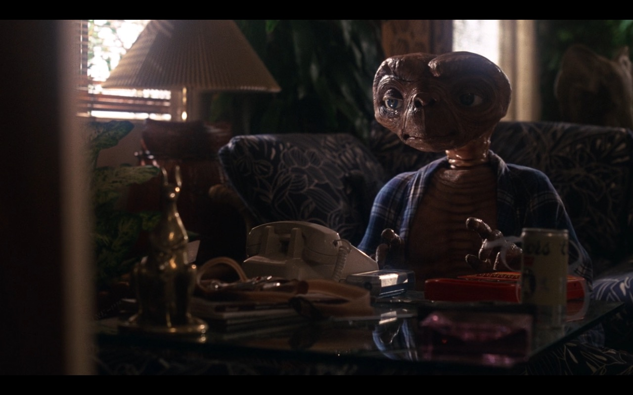 Coors Beer – E.T. the Extra-Terrestrial (1982) Movie Product Placement