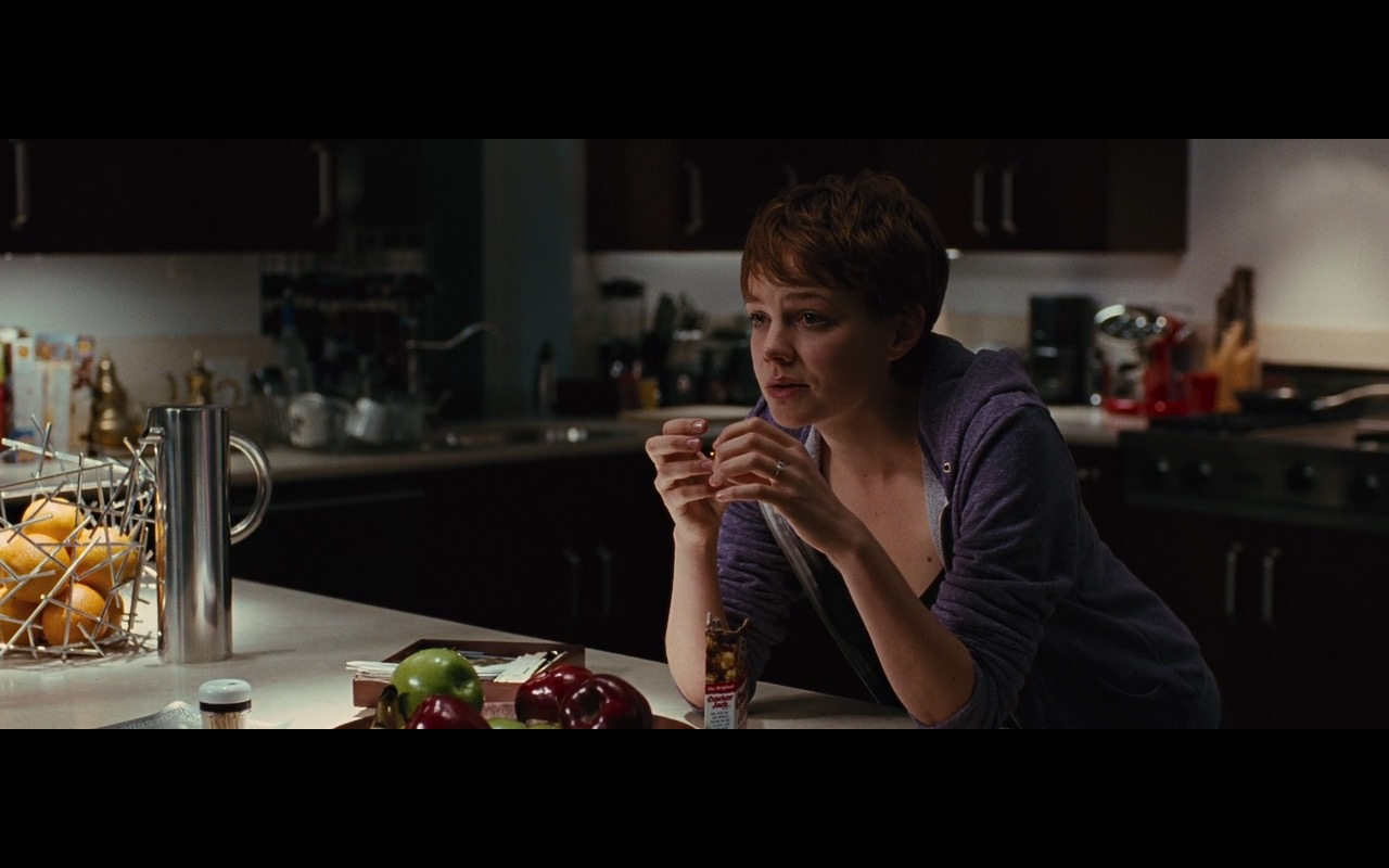 Cracker Jack Snacks – Wall Street: Money Never Sleeps (2010) Movie Product Placement