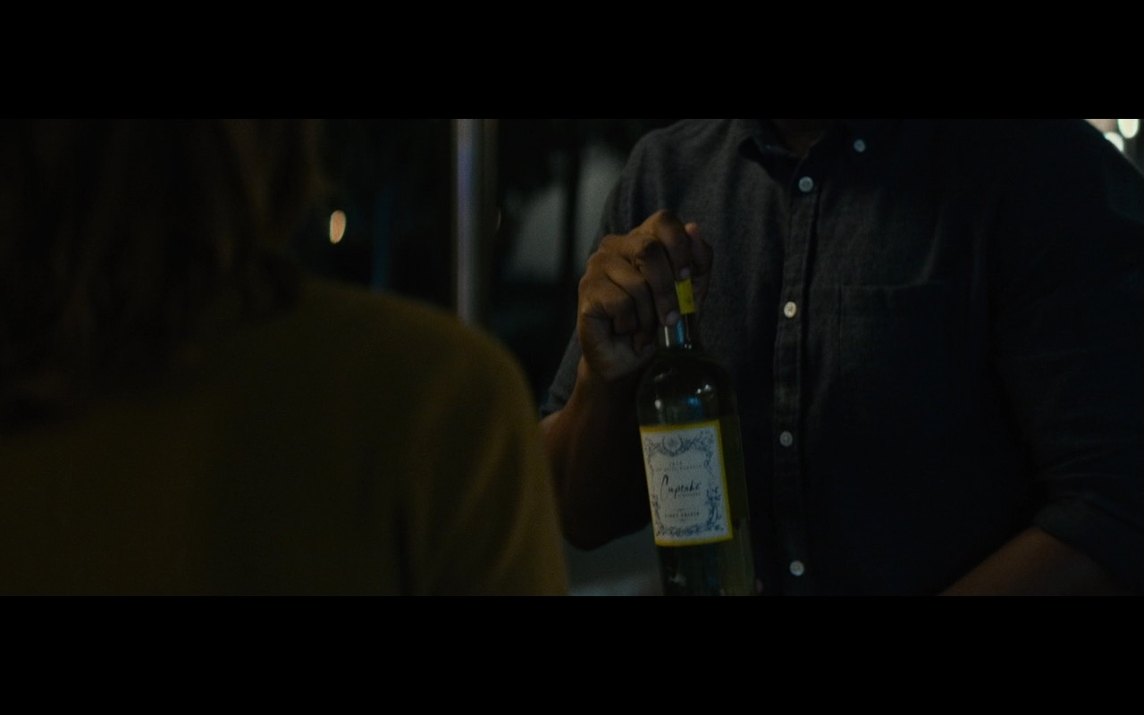Cupcake Wine - The Circle (2017) Movie Product Placement