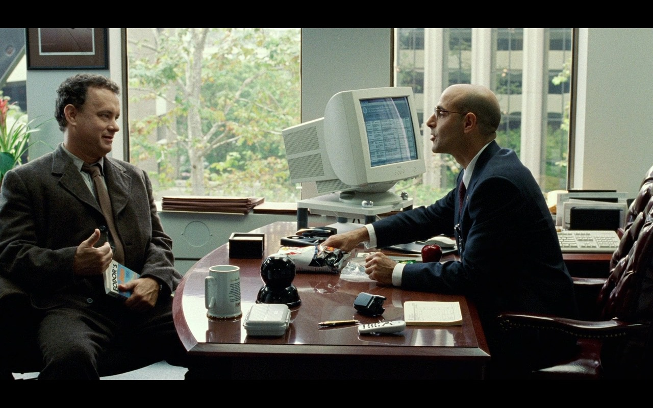 DELL Monitor And Fodor's – The Terminal (2004) Movie Product Placement