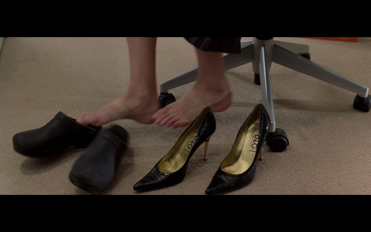 D&G Black Pumps – The Devil Wears Prada (2006) - Movie Product Placement