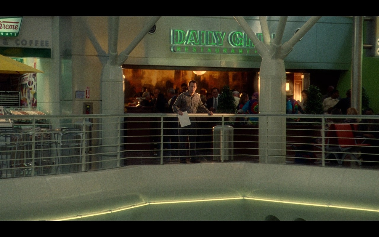 Daily Grill Restaurant – The Terminal (2004) Movie Product Placement