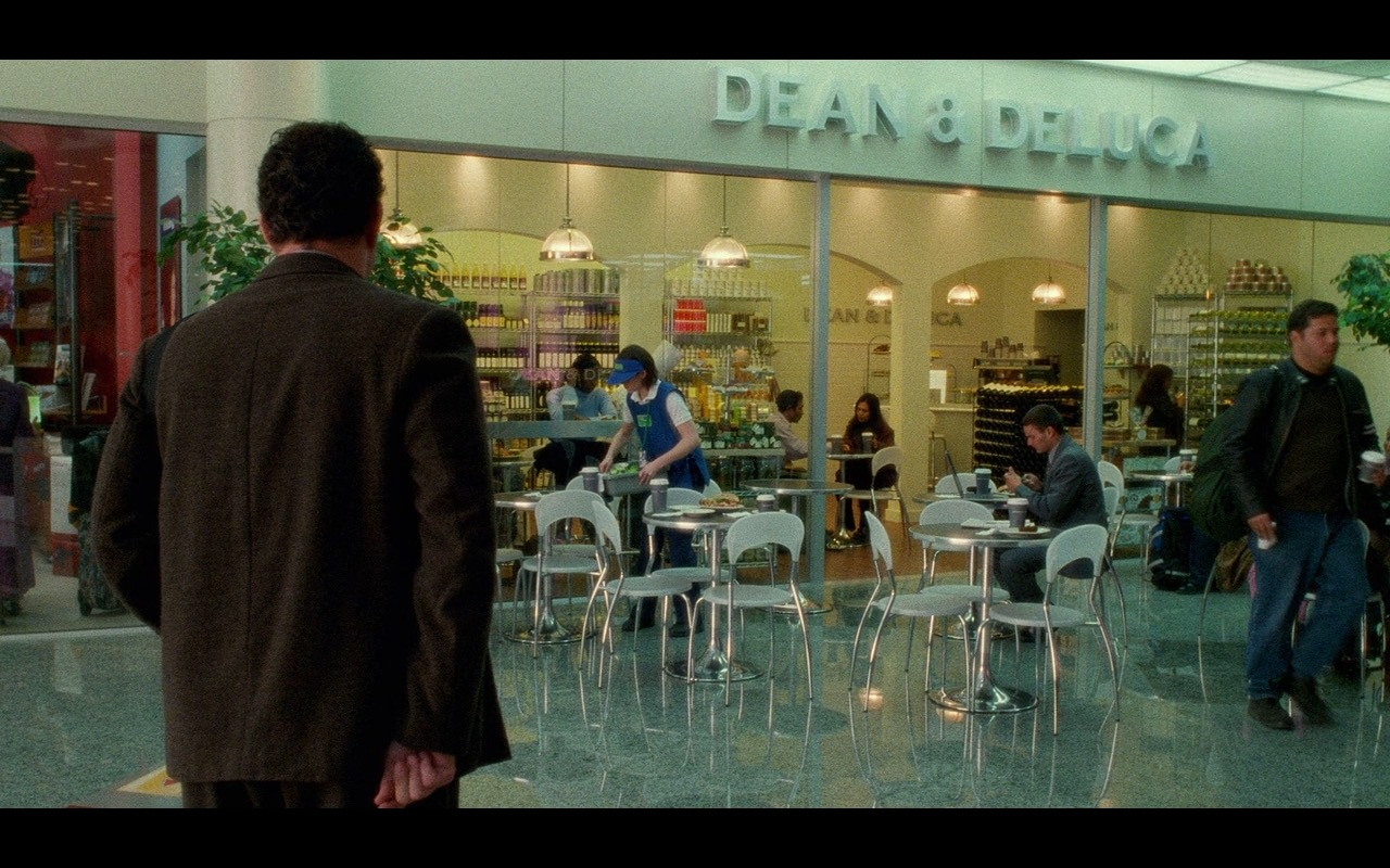 Dean & DeLuca Grocery Store – The Terminal (2004) Movie Product Placement