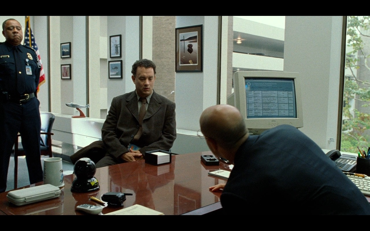 Dell Monitor – The Terminal (2004) Movie Product Placement