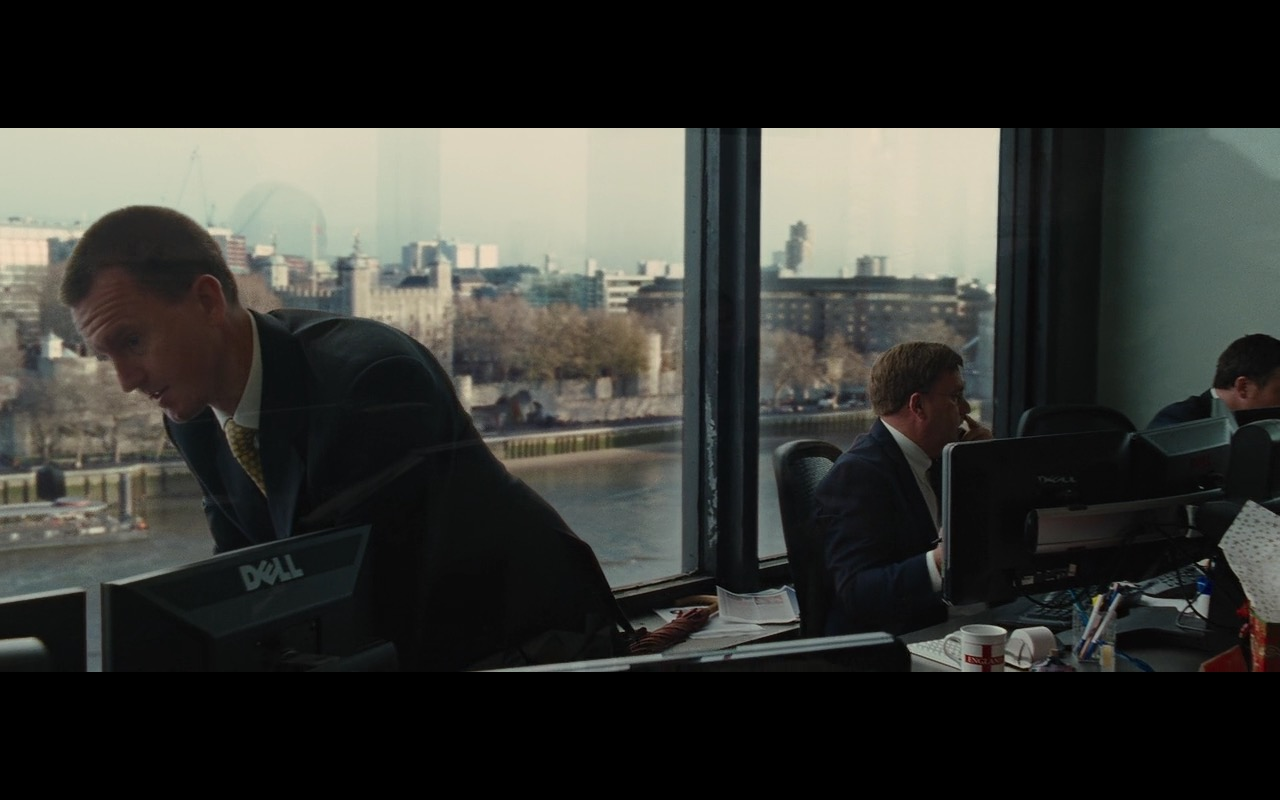 Dell Monitors - Wall Street: Money Never Sleeps (2010) Movie Product Placement
