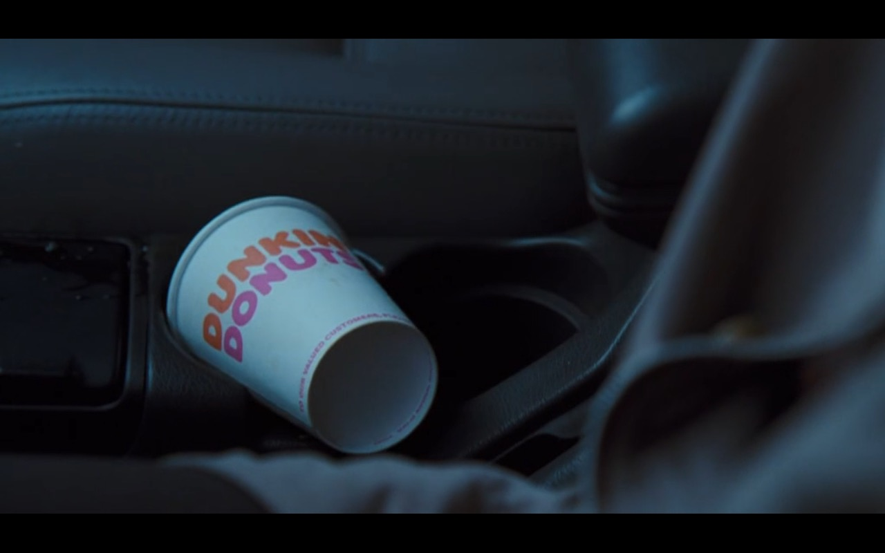 Dunkin' Donuts Coffee - Doctor Dolittle (1998) Movie Product Placement
