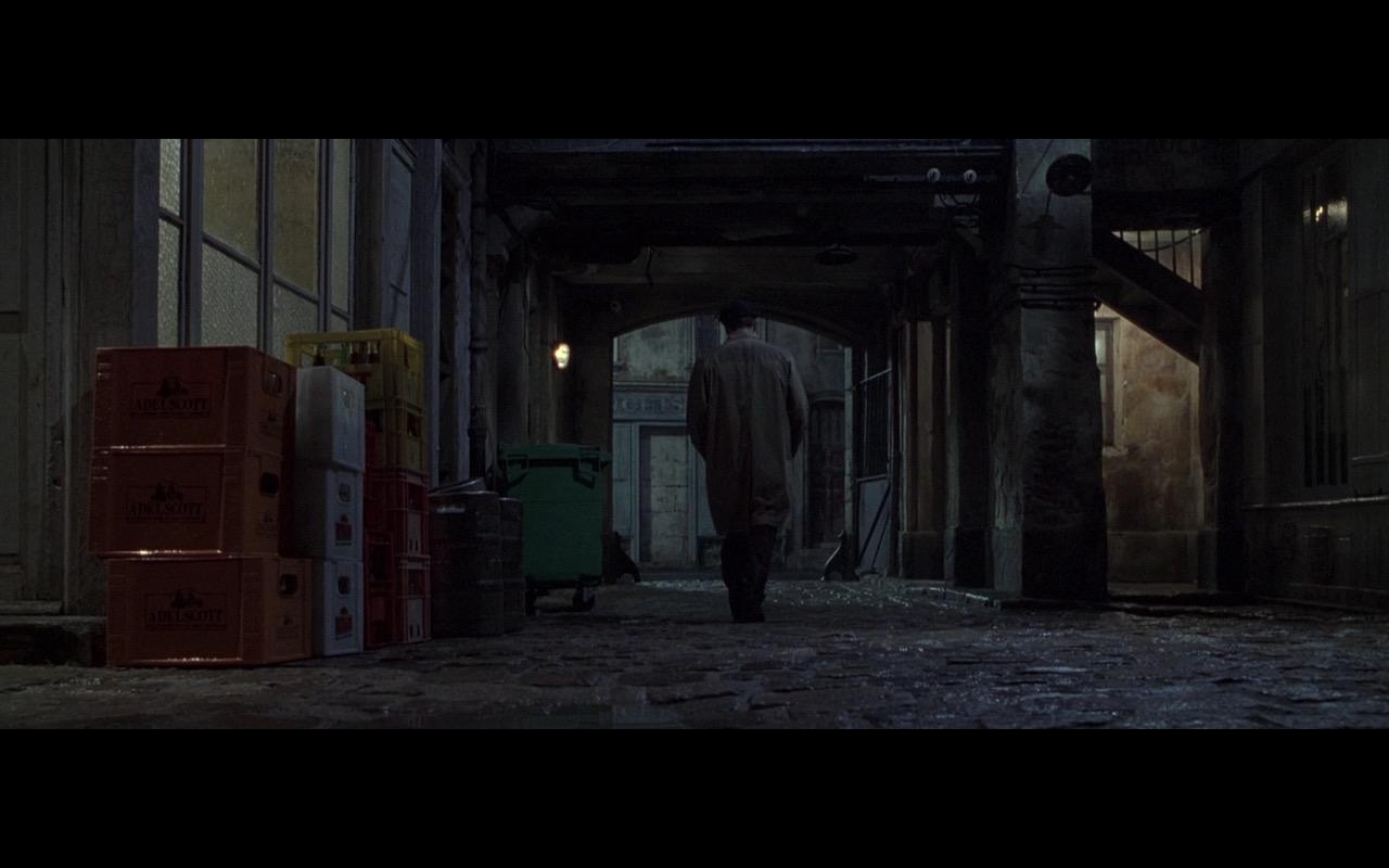 Fischer Adelscott Beer – Ronin (1998) Movie Product Placement