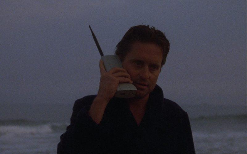 Gordon Gekko Motorola DynaTAC 8000X Mobile Phone – Wall Street 1987 (1)