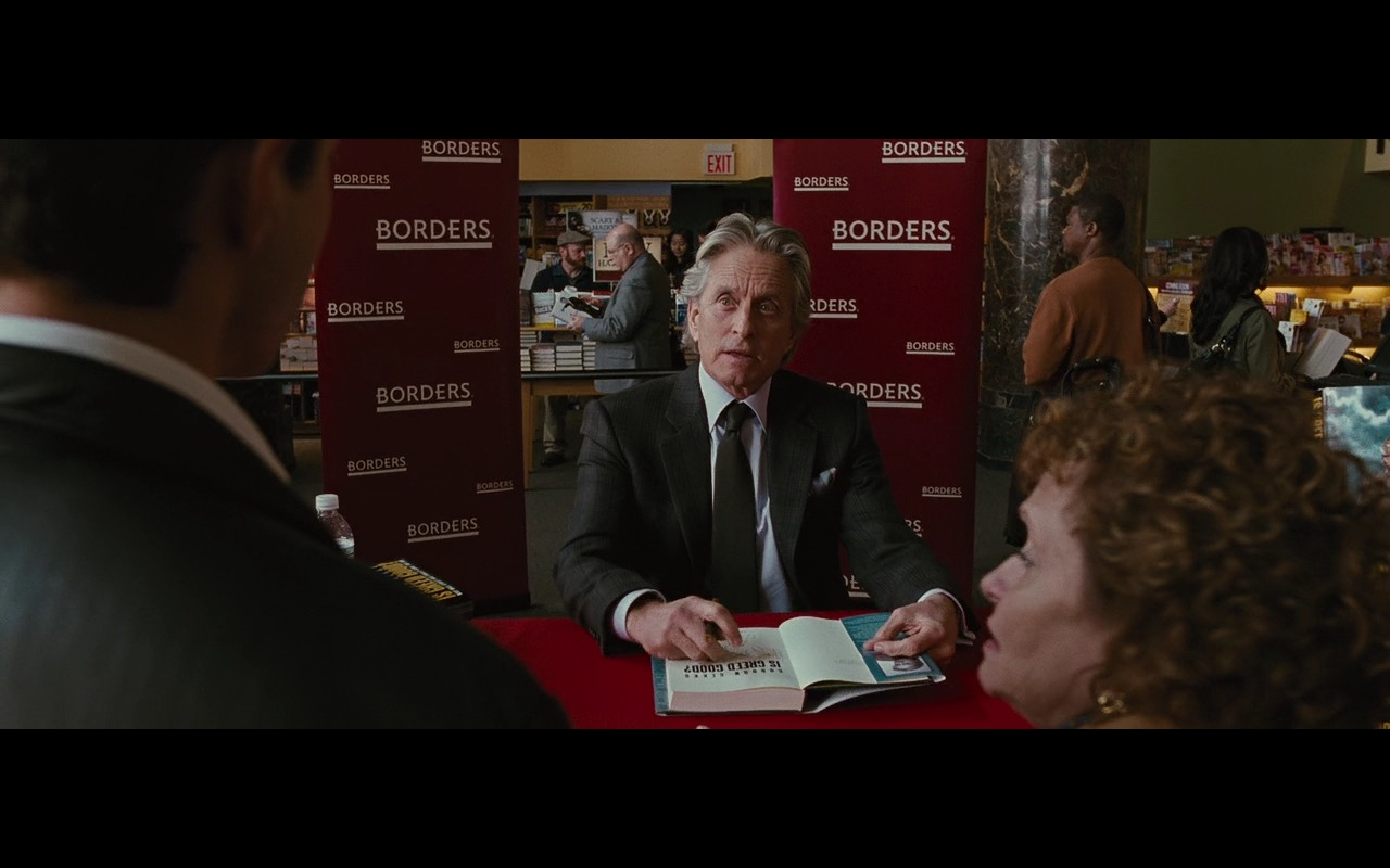 Gordon Gekko in Borders Bookstore - Wall Street: Money Never Sleeps (2010) Movie Product Placement