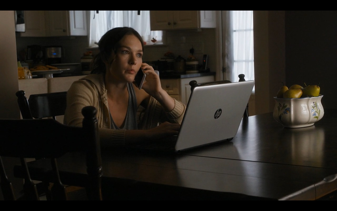 HP Notebook - Sneaky Pete TV Show Product Placement