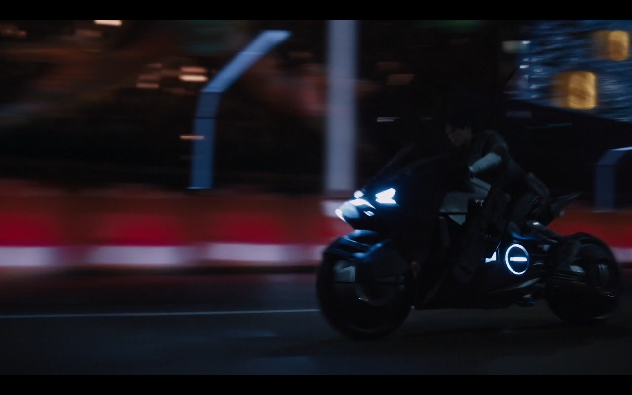 Honda Motorcycle - Ghost in the Shell (2017) Movie Product Placement