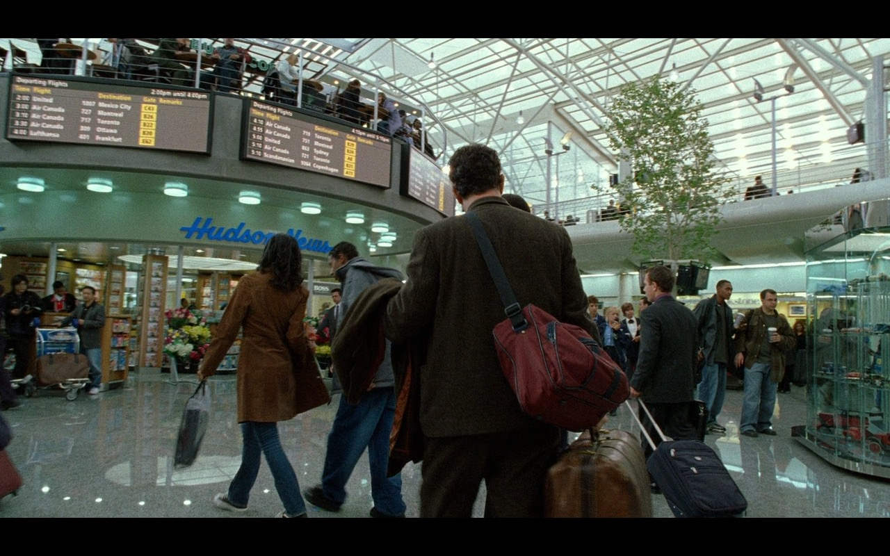 Hudson News – The Terminal (2004) Movie Product Placement