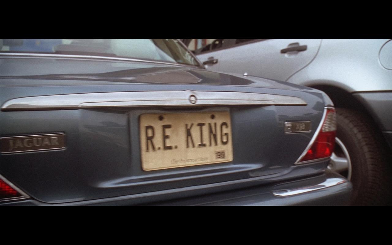 Jaguar XJ8 - American Beauty (1999) Movie Product Placement