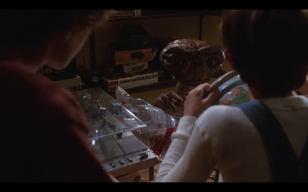 LEGO – E.T. the Extra-Terrestrial (1982) Movie Product Placement