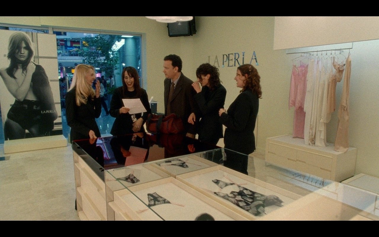 La Perla Clothing Store – The Terminal (2004) Movie Product Placement