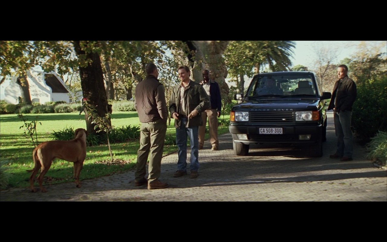 Land Rover Range Rover SUV Car - BLOOD DIAMOND (2006) Movie Product Placement