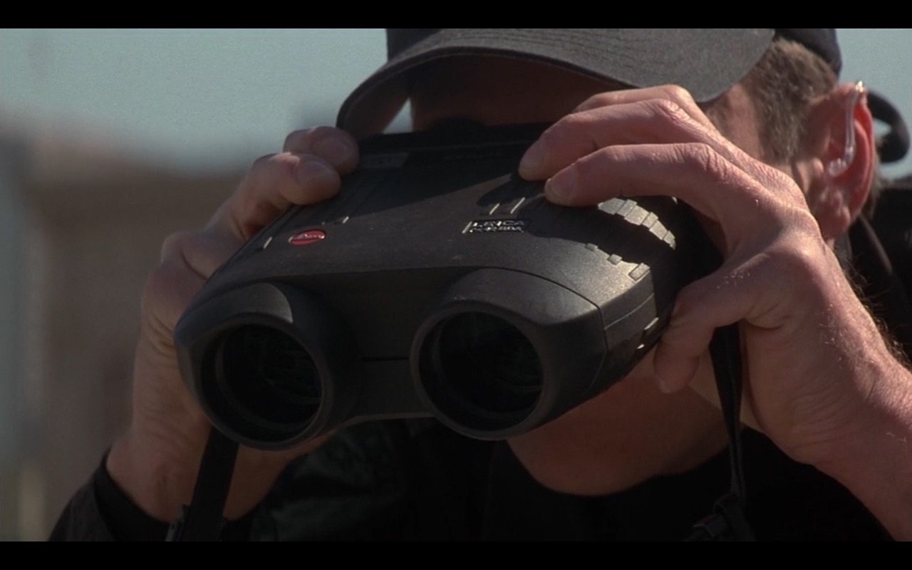 Leica Binoculars – Metro (1997) Movie Product Placement