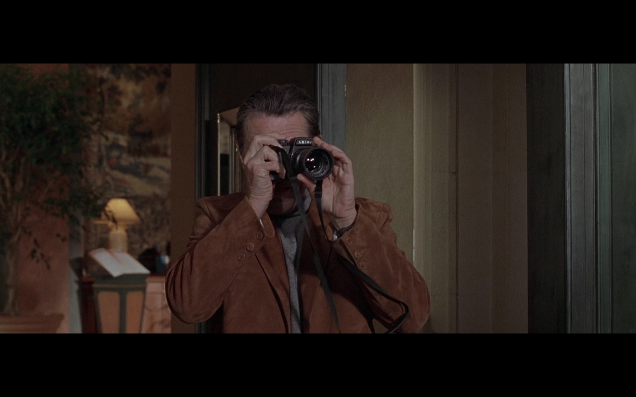Leica Photo Camera – Ronin (1998) Movie Product Placement
